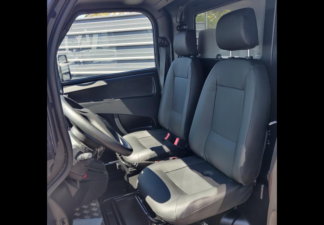 Microcar Mcross sièges